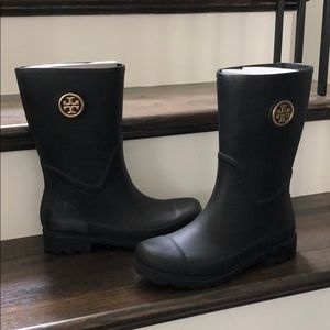 Brand New Tory Burch Rain Boots size 8